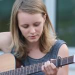 """""""Herder Beach Jam"""" – WP-II-Kurs organisiert Open-Air-Konzert auf dem Schulhof"""