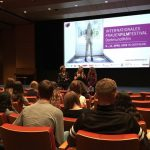 """It makes you think!"" – Literaturkurse der Q1 zu Gast beim Internationalen Frauenfilmfestival"