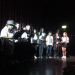 """Die Herder Voices als Begleitung bei dem bilingualen Theaterstück """"The Witch School"""""""